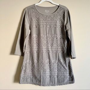 🌻 Denim & CO. - tan lace tunic - size small